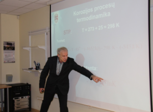 """prof. A. Šulčius vedė mokymus """"Metalų korozija ir jos rūšys"""""""
