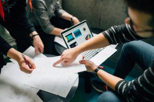 Skaitmeniniai ženkliukai pasiekimams fiksuoti – naujas CV standartas?