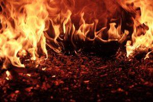 KTU chemikė: teigti, jog degant padangoms dioksinai nesusidaro yra neatsakinga