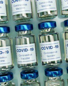 KTU mokslininkė: reikia tikėtis, kad vakcinų klinikiniai tyrimai bus sėkmingi – kito būdo grįžti į įprastą gyvenimo būdą nėra