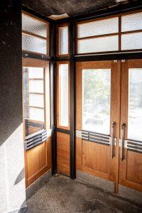 spalvoto metalo lauko ir tambūrų durų furnitūra 3